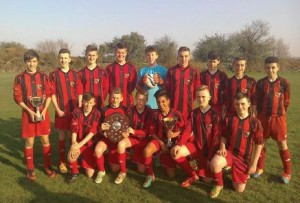 Hendy Under 14's: Celebrating their double success